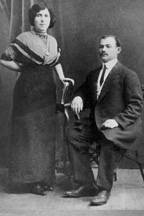 3-Hinde-and-Eli-Friedberg-Pesachs-parents.-Eli-was-killed-during-a-Polish-pogrom-just-before-Pesach-was-born.