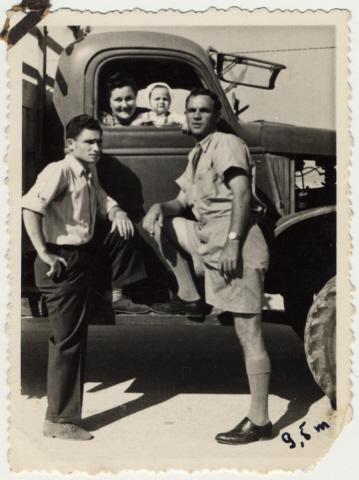 Aron 1946
