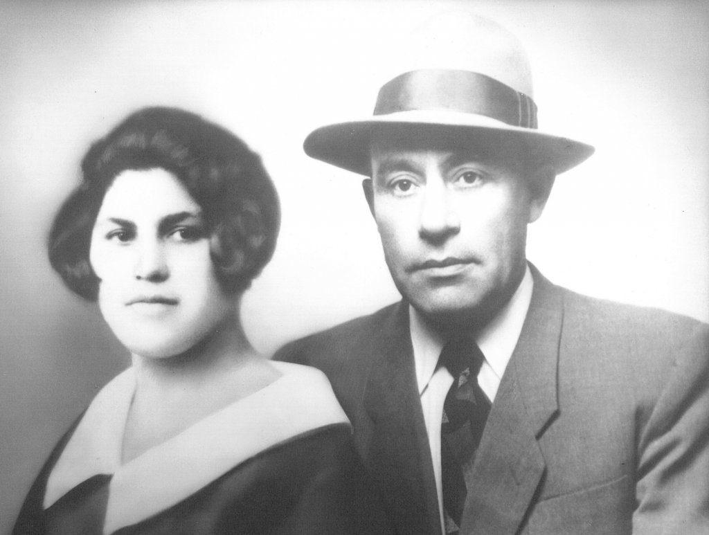 Parents   Chaya Gitel Halpern Lazowski  Josef Lazowski 1929